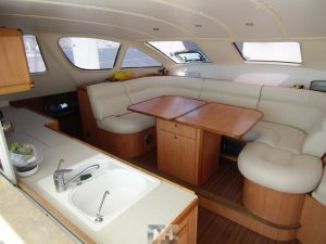 Catana 47 owner's version (29).JPG